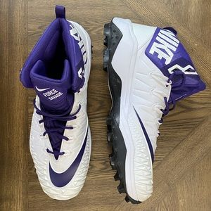NIKE Zoom Force Savage Mid Purple Football Cleats